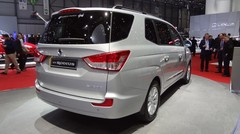 Ssangyong Rodius : simple et massif !
