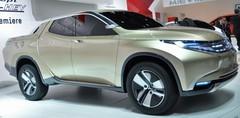 Mitsubishi GR-HEV Concept : un pick-up hybride Diesel au Salon de Genève