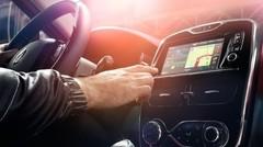 Le système Renault R-Link fera payer certaines applications