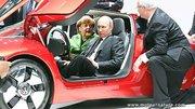 Vladimir Poutine dans la Volkswagen XL1