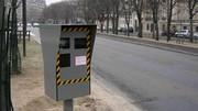 Radars : un livret dénonçant les radars pièges remis à Manuel Valls
