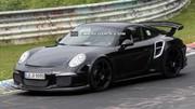 La Porsche 911 GT2 en approche