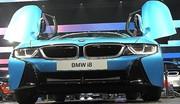 BMW offre un show lors de sa conférence de presse à Francfort