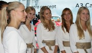 Francfort 2013 : Les photos des plus belles hôtesses