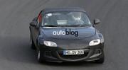 Des images de la future Mazda MX-5/Alfa Romeo Spider