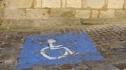 Handicapés : le Sénat vote le stationnement gratuit