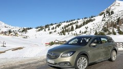 Essai Opel Insignia Country Tourer 2.0 BiTurbo CDTi 195 4X4 2014 : L'aventurière en mode intégrale