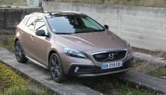 Essai Volvo V40 Cross Country : notre avis sur le crossover suédois