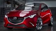 Mazda Hazumi : En tenue de salon