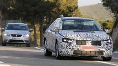 Spyshots : la prochaine Volkswagen Passat en photos et en vidéo