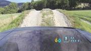 Avec un capot transparent, Land Rover montre les roues