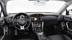 Toyota peaufine son GT86
