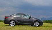 Essai Opel Astra berline 136 ch et GTC 200 ch 2014 dans les Alpes