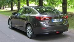 Essai Mazda 3 4 portes : espèce rare