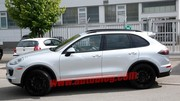 Le Porsche Cayenne restylé se montre déjà