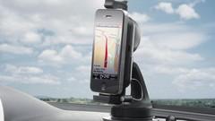 En voiture, le smartphone commence à s'imposer