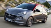 Opel Adam en tenue d'S