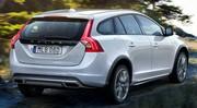 Volvo V60 Cross Country : Petit bain de boue