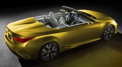 Lexus dévoile un roadster radical !