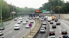 """""""Low emission zones"""" à Paris : les diesels les plus anciens interdits de circuler en 2015"""