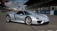 Record pour la Porsche 918 Spyder sur le Bugatti