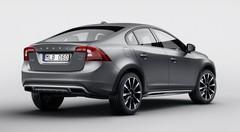 Volvo dévoile la S60 Cross Country