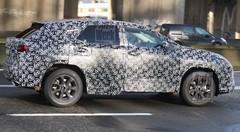 Le futur Lexus RX prend la route
