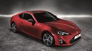 Toyota lance la série limitée GT86 Carbon