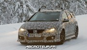 La future Honda Civic Type R se dégourdit les roues en Suède