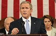 Le président Bush parle de voiture. Bof.