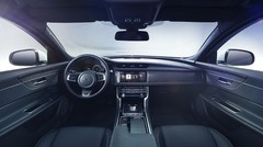 Jaguar annonce la future XF !