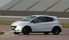 """Essai Peugeot 208 GTi 30 th par Soheil Ayari: """" la meilleure de sa catégorie"""""""