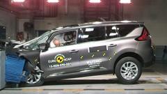Crash-test Renault Espace 5 : Une entrée fracassante