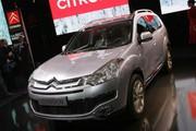 Citroën C-Crosser, le premier SUV aux chevrons