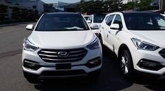 Le Hyundai Santa Fe facelift se montre sans camouflage