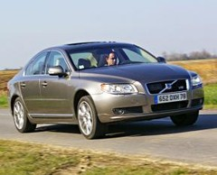 Volvo S80 V8 Summum : D'apparence trompeuse