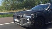 La Volvo S90 en approche