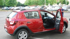 "La Dacia Sandero Stepway devient ""radar mobile mobile"""
