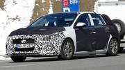 Future Hyundai i30 : Randonnée chargée dans les Alpes
