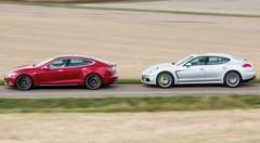 Essai Tesla Model S vs Porsche Panamera S : Câbles conducteurs