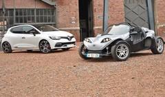 Essai Renault Clio Trophy 220 vs Secma F16 : quelle est la française la plus amusante ?