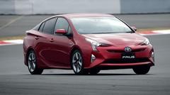 Essai Toyota Prius 4 2016 : Sobre et de mauvais goût