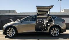 Tesla Model X : une version 70D d'entrée de gamme à 80 000 dollars