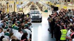 Le Bentley Bentayga n°1 sort de l'usine