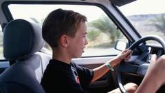 Sécurité routière: les enfants promettent leurs parents au père fouettard