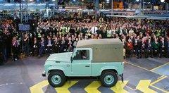 Land Rover reporte le remplaçant du Defender à 2019