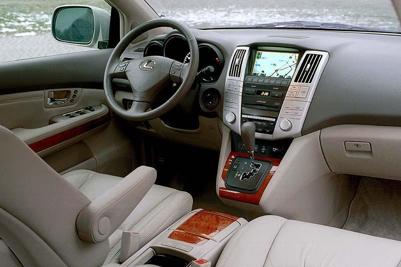 Da D E on 2004 Lexus Rx 330