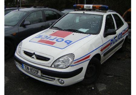 photos de voitures de police page 1724 auto titre. Black Bedroom Furniture Sets. Home Design Ideas