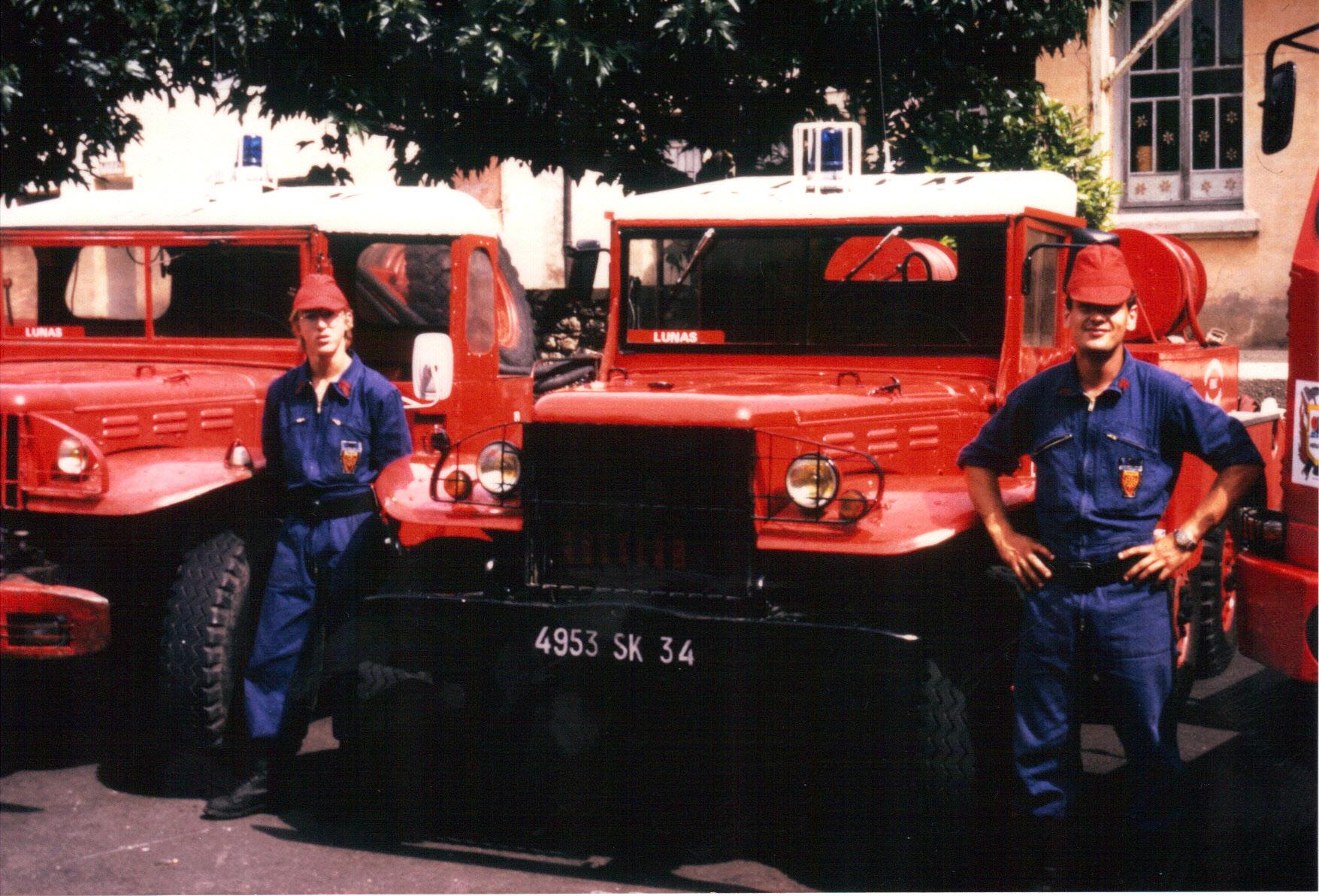vehicule de pompier ancien page  auto titre