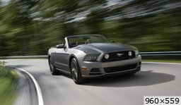 Ford Mustang restylée (2011)
